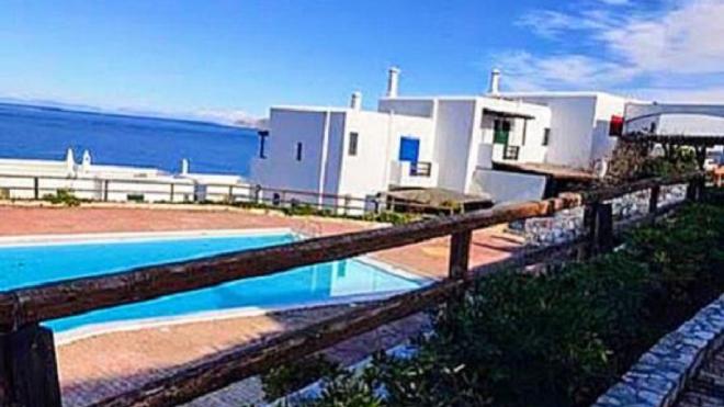 2 Level Villa in Sounio - Pounta Zeza