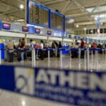 Travel restrictions to Greece for residents of Canada